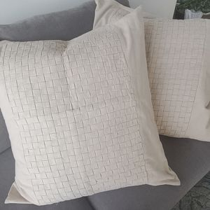 2 Tommy Bahama Pillow Covers